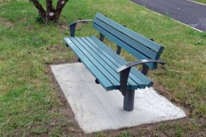 Civic Seat with recycled plastic slats & arms